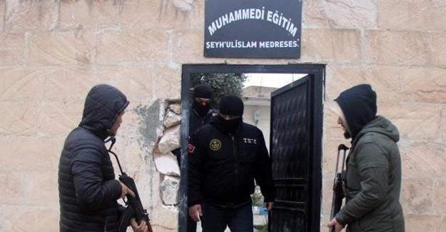 Flaş! IŞİD'in Bir Canlı Bombası Daha Yakalandı