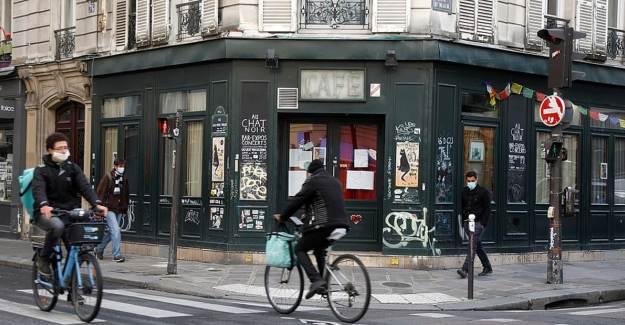Fransa'da Kovid-19 Nedeniyle Son 6 Ayın En Yüksek Ölü Sayısı Kaydedildi