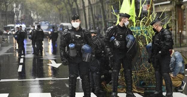 Fransa'da Türkleri Destekleyenler Gözaltına Alındı