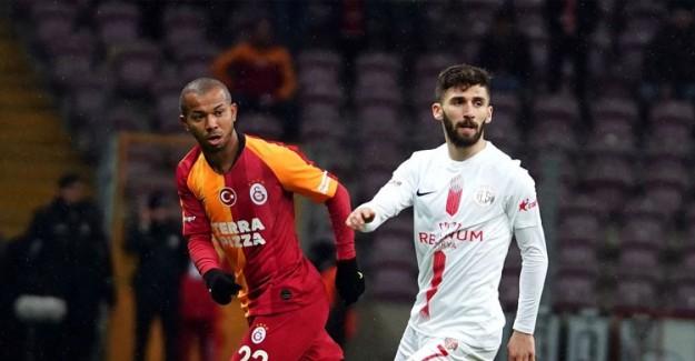 Galatasaray'da Beklenen Yaprak Dökümü Başladı