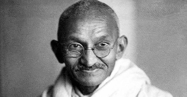 Gandhi'nin Gözlüğü 340 Bin Dolar Etti
