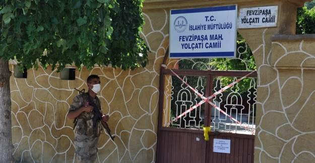 Gaziantep'te Asker Adayı İmamın Oğlunda Coronavirüs Tespiti: Cemaat Karantinaya Alındı
