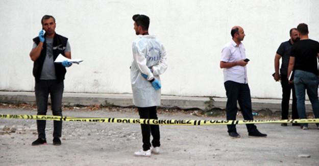Genç Kadına Sokak Ortasında Kanlı İnfaz