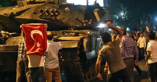 Genelkurmay İstihbarat Başkanının Emir Astsubayı FETÖ'den Gözaltına Alındı