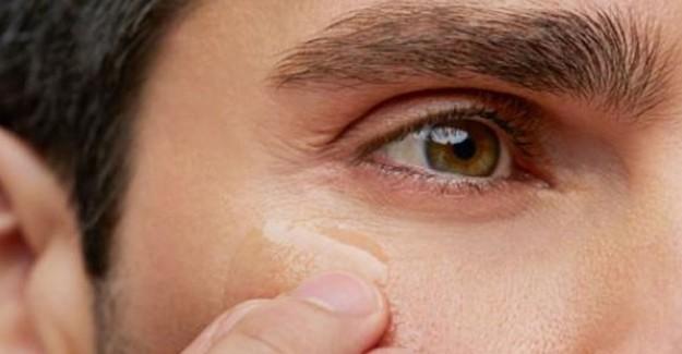 Göz Çevresi Kırışıklığı Nasıl Önlenir?