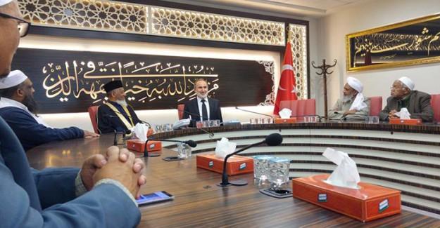 Güney Afrikalı Heyet Türk Kurumlarını Ziyaret Etti