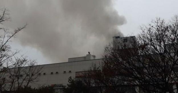 Güney Kore'de Yangın: 2 Ölü 70 Yaralı