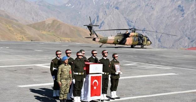Hakkari'de Şehit Asker İçin Tören Düzenlendi