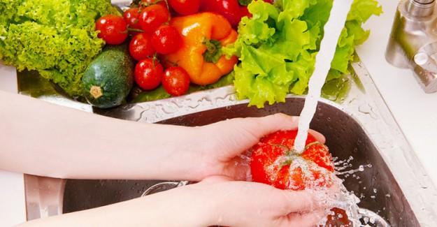 Hangi Besinler Tüketilmeden Önce Yıkanmalıdır?