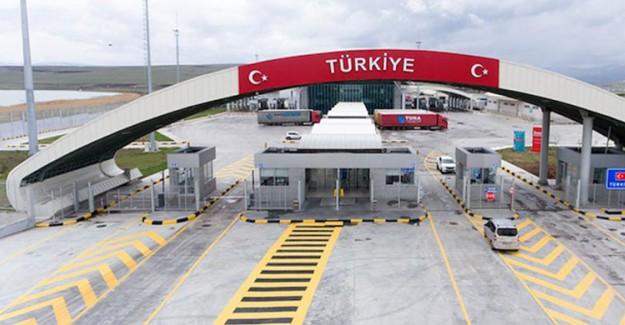 Hatay'daki Zeytin Dalı Gümrük Kapısı Açıldı