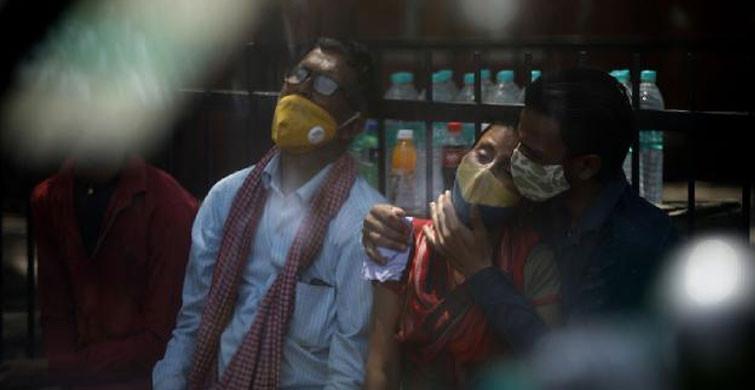 Hindistan 700 Bine Yakın Tıbbi Oksijen Eksikliği Yaşıyor