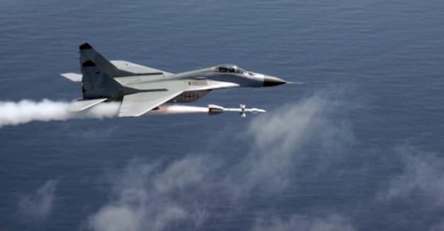 Hindistan Rusya'dan Bin Tane Hava Füzesi Aldı