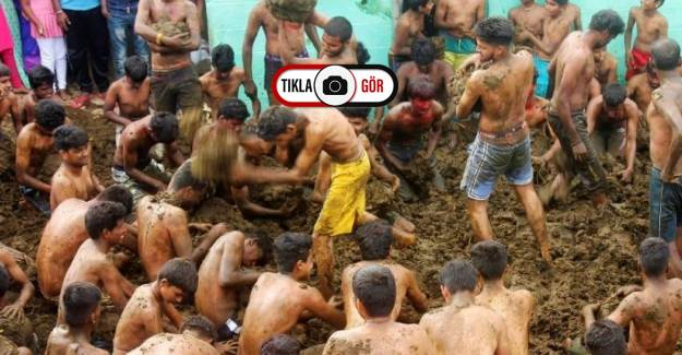 Hindistan'da Gübre Festivali'nde İnek Dışkılarını Vücutlarına Sürdüler