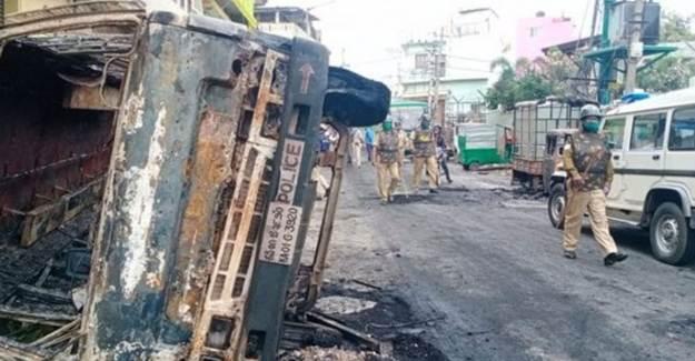Hindistan'da Hz. Muhammed'e Hakarete Protesto: 3 Ölü