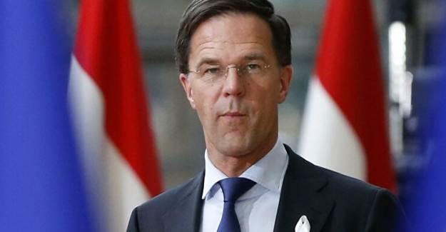 Hollanda'da Hükümet İstifa Etti!