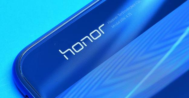 Huawei, Alt Markası Honor'u Sattı