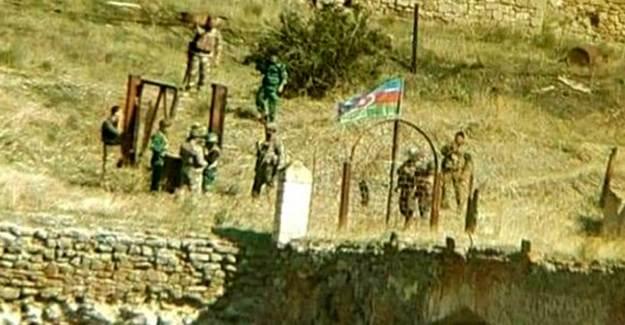 Hudaferin Köprüsü'ne Azerbaycan Bayrağı Dikildi!