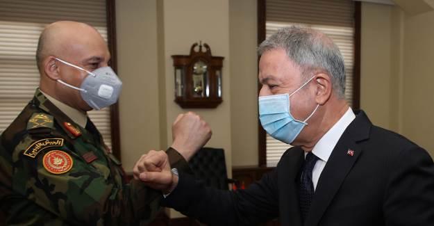 Hulusi Akar, Libya Genelkurmay Başkanı El-Haddad'ı Kabul Etti