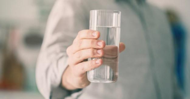 İdeal Su Tüketimini Öğrenin! Kilonuza Göre İçilmesi Gereken Su Miktarı