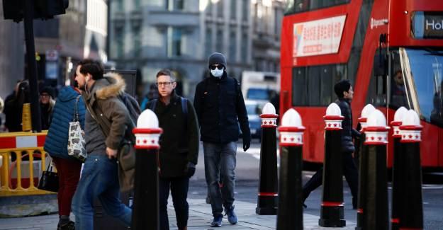 İngiltere'de İkinci Dalga Geldi mi? Ölü Sayısında Yüksek Artış