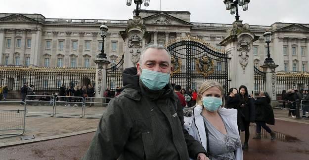 İngiltere'de Vaka Sayısı Patlama Yaşadı