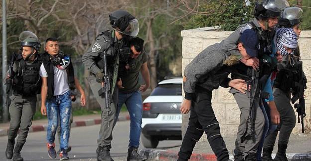İsrail Filistinli Sivilleri Tutuklamaya Devam Ediyor