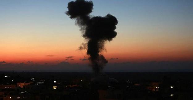 İsrail Savaş Uçakları Gazze'yi 7 Kez Hedef Aldı