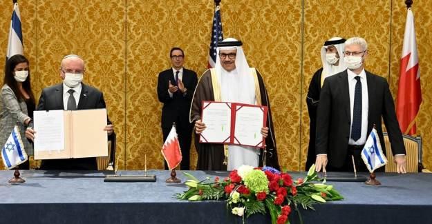Bahreyn'de İsrail'e Teslim Oldu