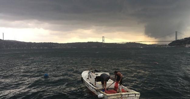 İstanbul'a Fırtına Ve Yoğun Yağış Bekleniyor
