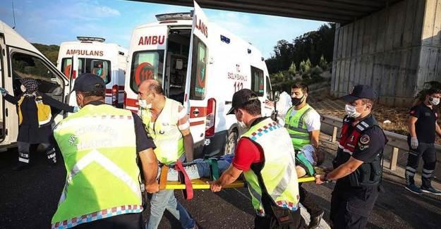 İstanbul'da Otobüs Kazası: 5 Ölü, 20 Yaralı