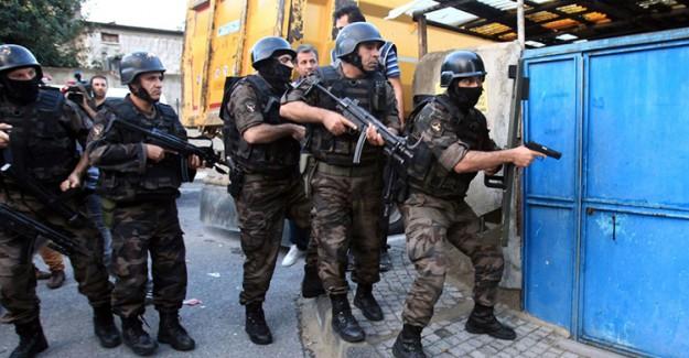 İstanbul'da Zehir Tüccarlarına Tarihi Baskın!