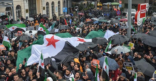 İstiklal Caddesi'nde İdlib Protestosu