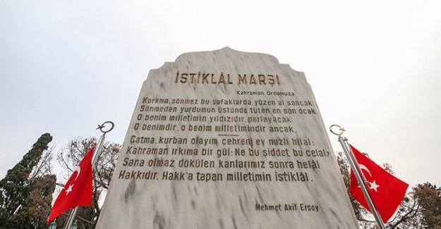 İstiklal Marşı 98 Yaşında, Büyük Şair Mehmet Akif Ersoy Yad Ediliyor
