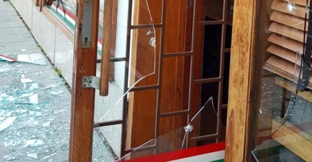 İsveç'te Türk Restoranına El Yapımı Bombayla Saldırı
