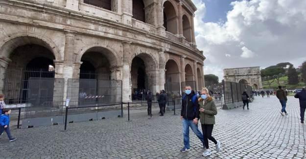 İtalya'da Covid-19 Salgın Eğrisindeki Düşüş Devam Ediyor