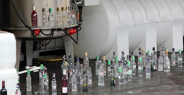 İzmir'de 60 Ton Sahte İçki İmha Edildi!