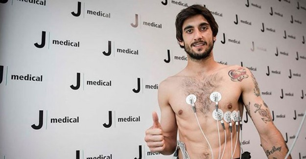 Juventus Buffon'un Halefini Buldu!