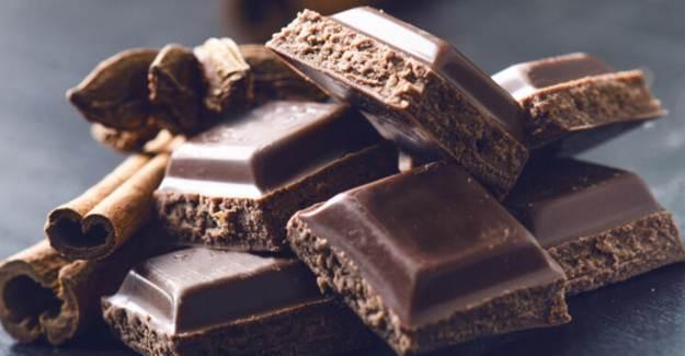 Kalp Sağlığı için Çikolata Tüketin