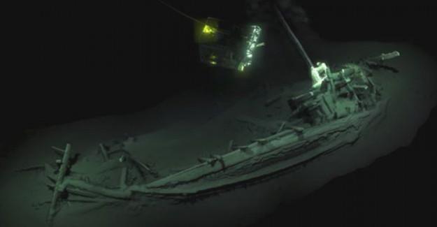Karadeniz'de Dünyanın En Eski Batık Gemisi Bulundu