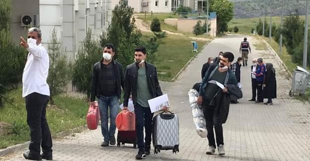Kazakistan ve Irak'tan Gelen 162 Kişi Evlerine Gönderildi
