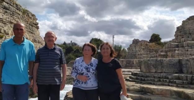 Kemal Kılıçdaroğlu Eşi ve Yakın Dostlarıyla Tatile Çıktı
