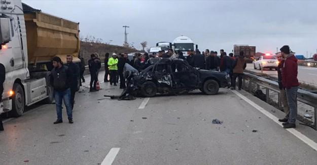Kırıkkale'de Feci Kaza! Ölü Ve Yaralılar Bulunuyor