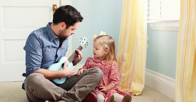 Kız Çocukları Neden Babalarını Çok Sever?
