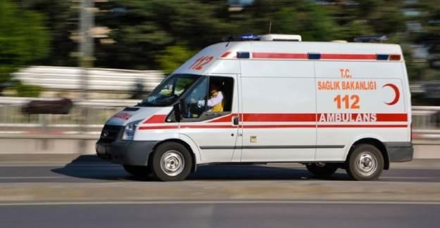 Kocaeli'de Askerleri Taşıyan Araç Kaza yaptı