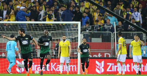 Kupayı Kaybeden Fenerbahçe'de Maç Sonu Ciğer Dürüm İddiası!