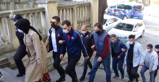 Kütahya'da FETÖ Şüphelileri Yüklü Miktarda Parayla Yakalandı