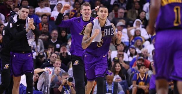 Lakers, Son Şampiyon Warriors'a Fark Attı!