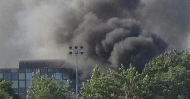 Libya'nın Bingazi Şehrinde Bomba Yüklü Araç Patladı! 2 BM Personeli Hayatını Kaybetti