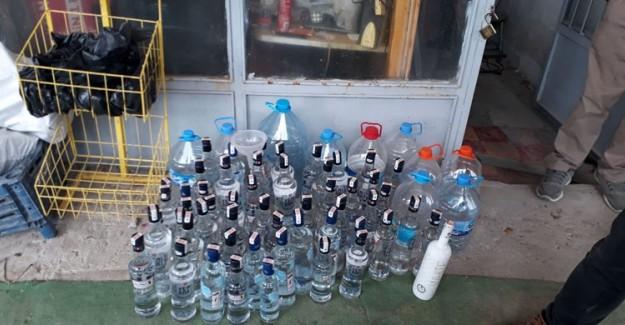 Malatya'da Orijinal Alkol Şişelerine Sahte İçki Dolduran Şüpheli Yakalandı