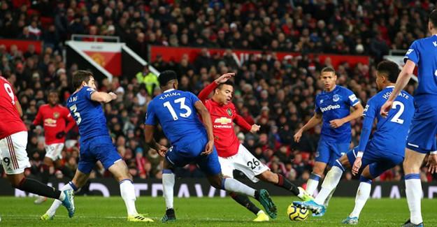 Manchester United, Everton'la Berabere Kaldı